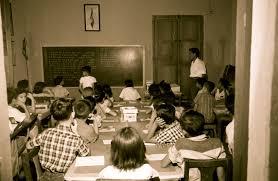 Fotografía extraida de la SEP acerca de la creación de las escuelas multigrado existentes tras el surgimiento de la Secretaria de Instrucción Pública.